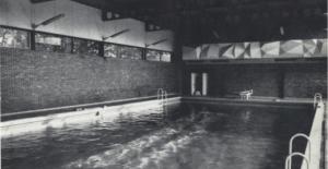 piscine_eveche_photo_piscine-b7a28-0a7e6_lechainonmanquant