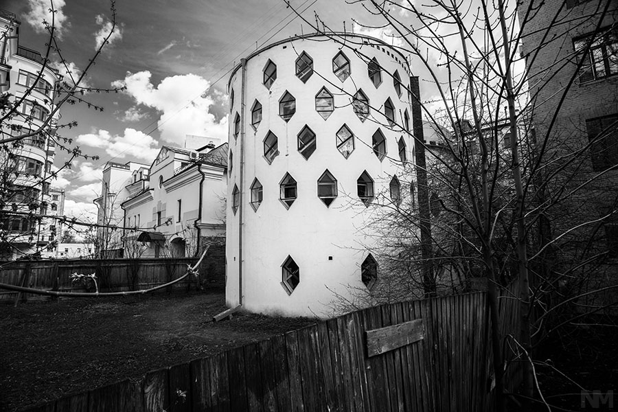 Melnikov House  April 26, 2013, Photograph by Natalia Melikova (The Constructivist Project)