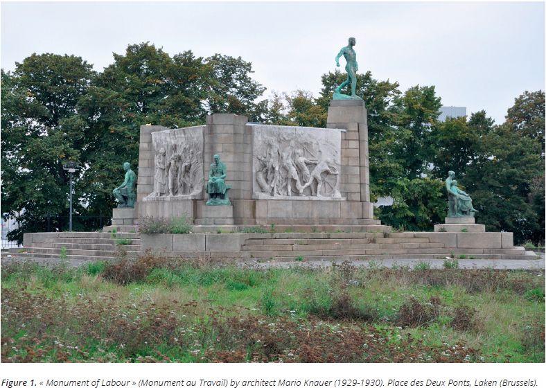 Laken  Tweebruggen plein (Place des Deux Ponts). 'Monument au Travail' Monument aan de arbeid Architect Mario Knauer (1929-1930) Foto / photo: Marc Dubois