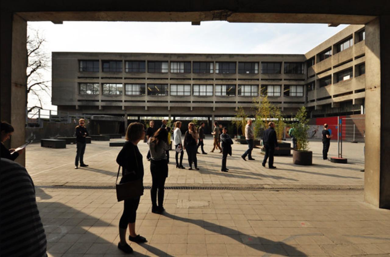 Docomomo.be excursie Turnhoutse school op 29.03.2014 in het Sint-Victor te Turnhout